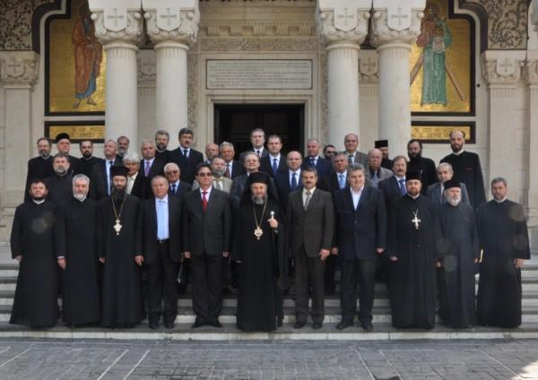 8 mai 2010: Chiriarhul Dunării de Jos în mijlocul deputaţilor eparhiali