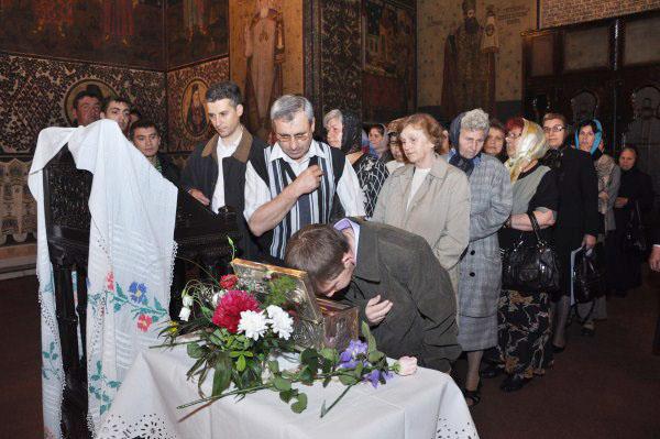 Venerarea moaştelor Sfântului Ierarh Nicolae