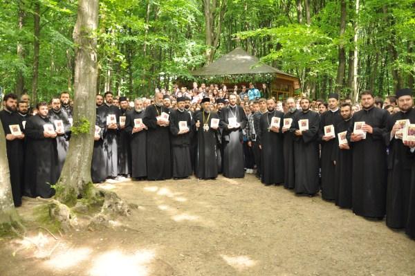 Buciumeni 2010: Slujitori alături de tineri