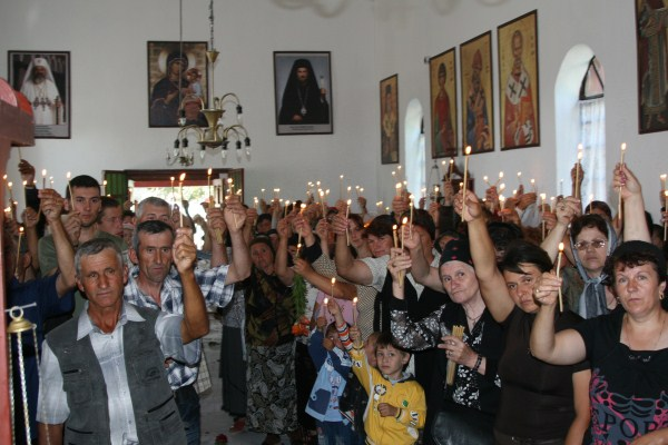 Lumina credinţei în biserica înnoită din Băndoiu