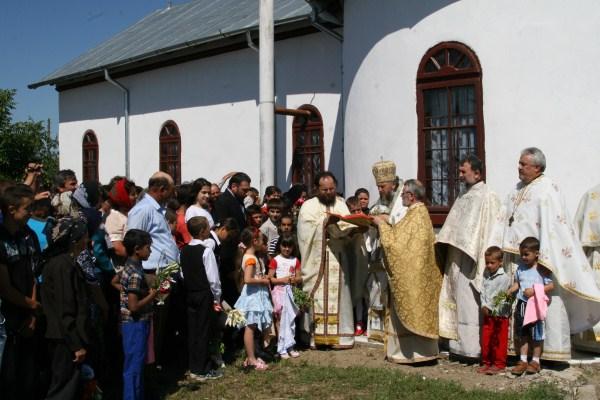 Sfinţirea bisericii din Băndoiu