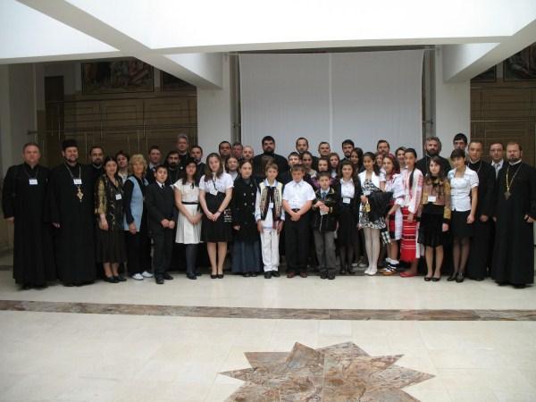 """Participanţii la faza naţională a Concursului """"Crezul meu"""" de la Patriarhia Română"""