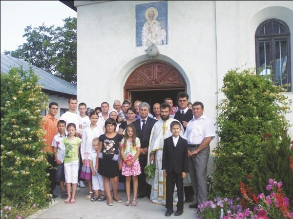 Parohia Corod IV: Români din străinătate reveniţi acasă
