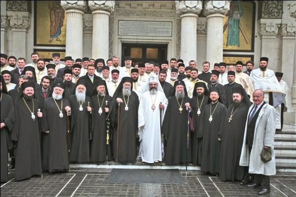 2 mai 2009 - Întâmpinarea Preafericitului Părinte Patriarh Daniel la festivităţile dedicate Sf. Atanasie Patelarie de la Galaţi