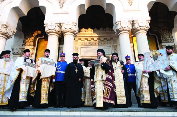 26 noiembrie 2011: Moaştele Sfântului Ierarh Spiridon la  Catedrala  Arhiepiscopală  din  Galaţi