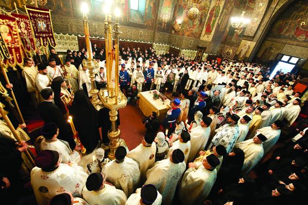 Slujba de Te Deum, la primirea moaştelor Sf. Spiridon