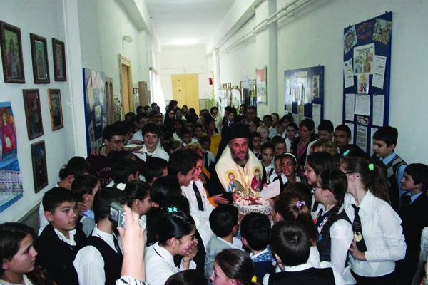 Sărbătoarea Sfinţilor Arhangheli - hramul Şcolii nr. 24 din Galaţi