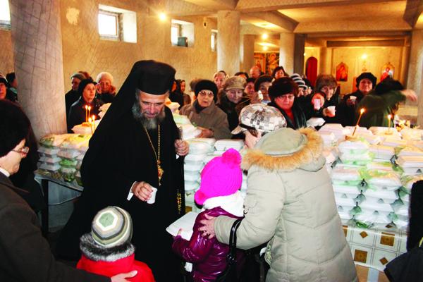 """Hram la Biserica ,,Sfântul Stelian"""" din Galaţi"""