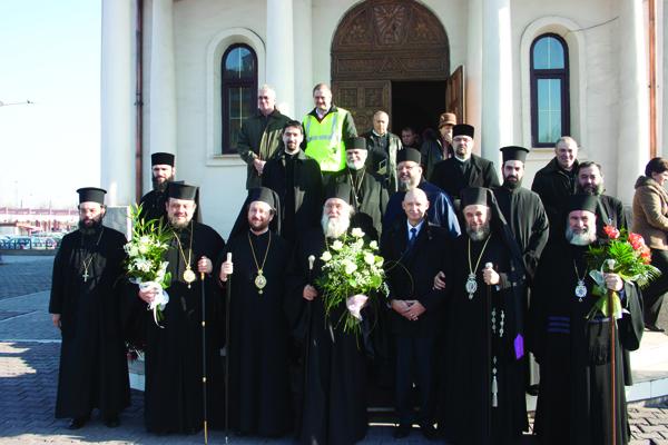 """Sărbătoare la biserica ,,Sfântul Andrei""""  de pe platforma siderurgică"""