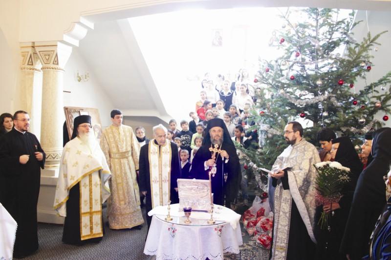 1 ianuarie 2012: Binecuvântarea noului an, la hramul Aşezământului social-filantropic