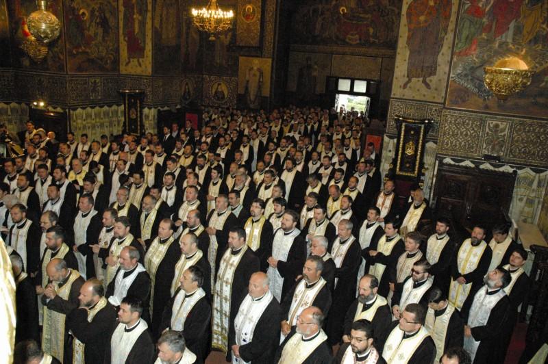 Preoţii Eparhiei Dunării de Jos, la Catedrala Arhiepiscopală