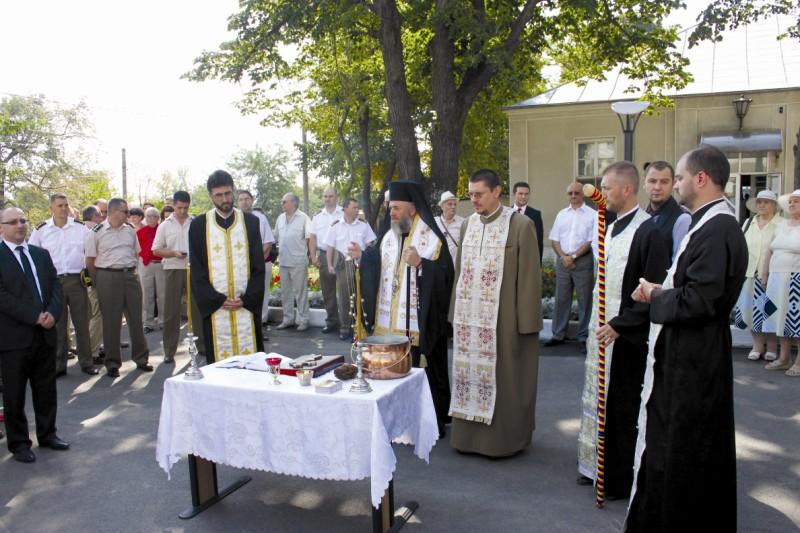 """23 august 2012: Sfinţirea noului Pavilion de Chirurgie de la Spitalul Militar de Urgenţă """"Dr. Aristide Serfiotti"""" din Galaţi"""