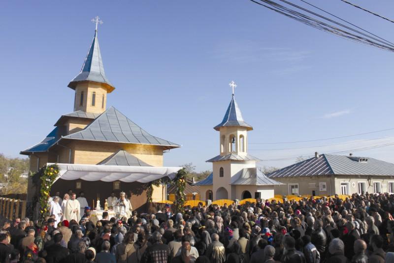 Sărbătoare duhovnicească la Drăguşeni