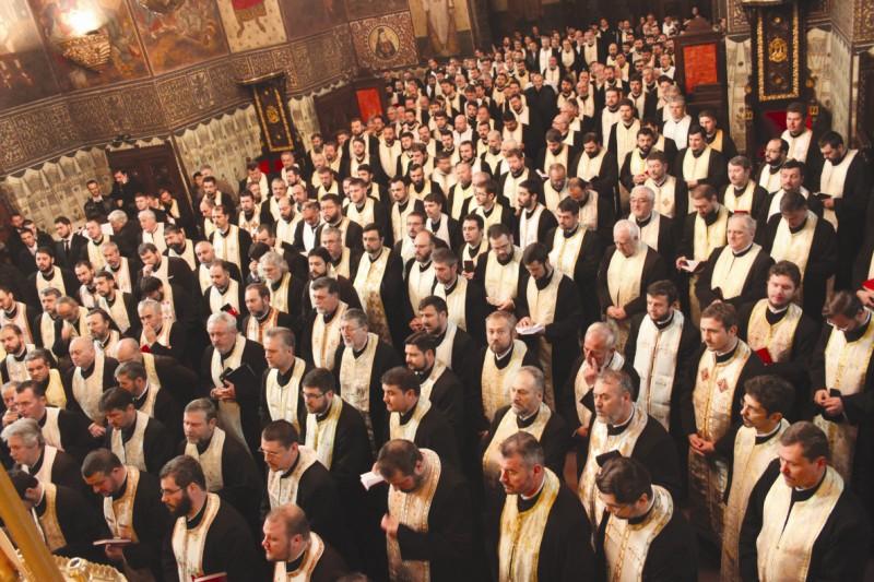 Clerul Eparhiei Dunării de Jos adunat la rugăciune în Catedrala Arhiepiscopală