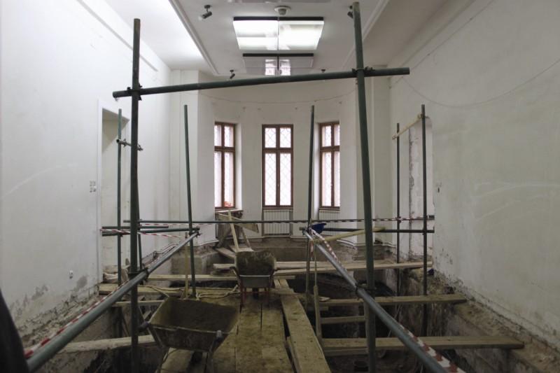 Şantier de consolidare şi reparaţii capitale la clădirea viitorului muzeu