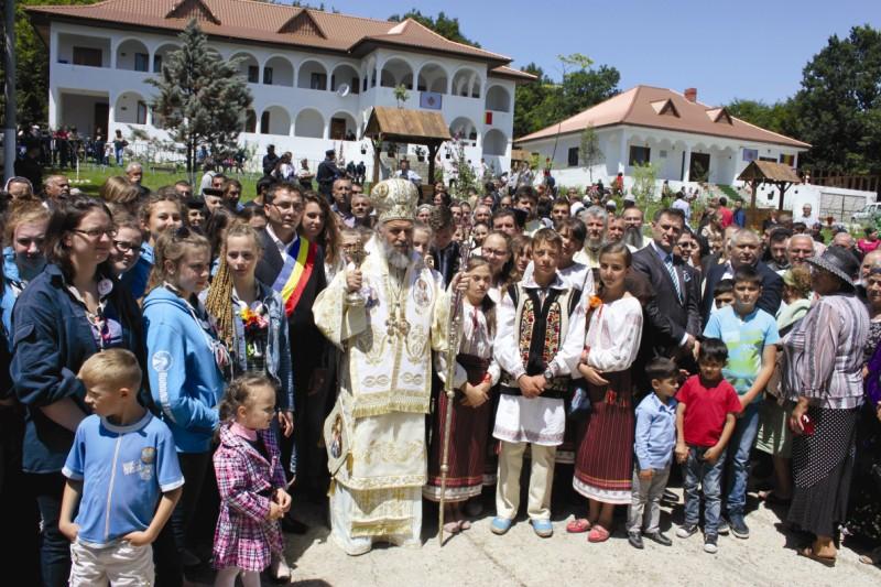 2 iulie 2013: Sărbătorirea celui de-al doilea hram al Mănăstirii Toflea, judeţul Galaţi