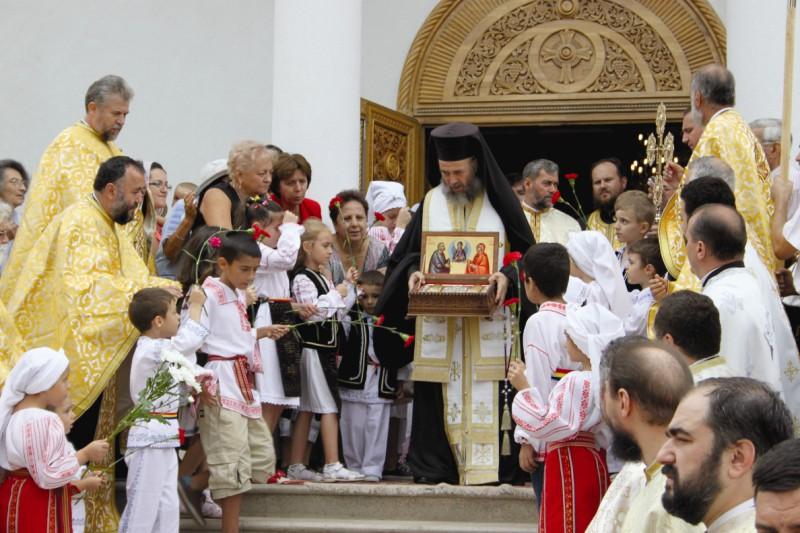 """26 august 2013: Aducerea sfintelor moaşte la Biserica ,,Sf. Ana"""" din Galaţi"""
