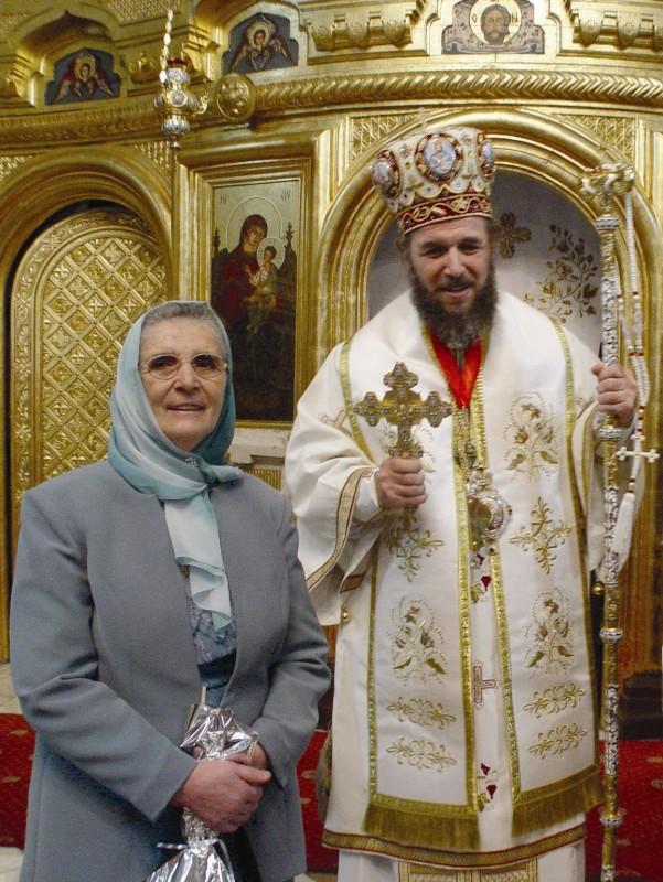 """2003 - La slujba celei de ,,A doua Învieri"""", la Catedrală"""