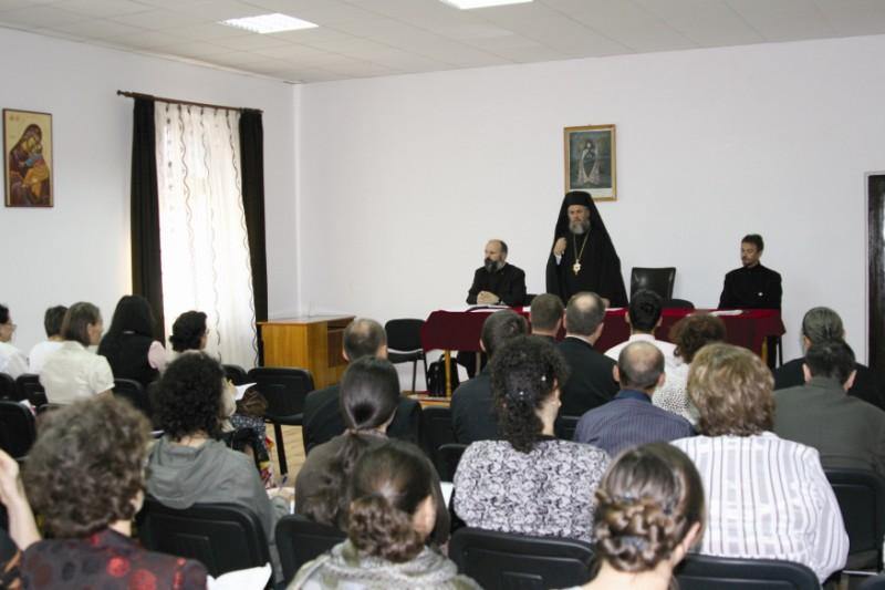 Lucrările consfătuirii în Sala de conferinţe a Protoieriei Brăila