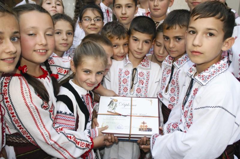 Tinereţe şi tradiţie curată, la Concursul Naţional de Muzică Bizantină, etapa eparhială