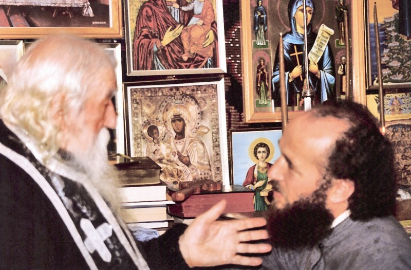 Foto-document: Părintele Cleopa şi Înaltpreasfinţitul Arhiepiscop Casian al Dunării de Jos