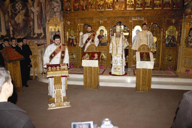 Sfânta Liturghie arhierească, în capela seminarului