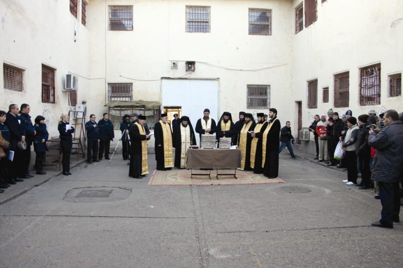 Binecuvântare pentru deţinuţi