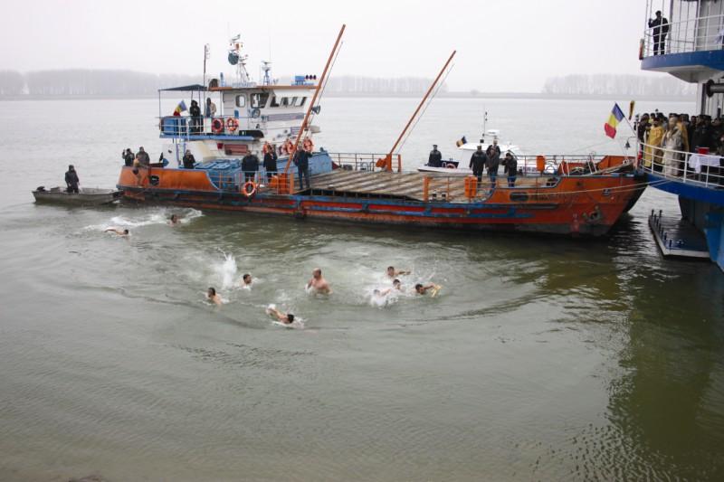 """,,Pescuirea"""" Sfintei Cruci din apele Dunării"""