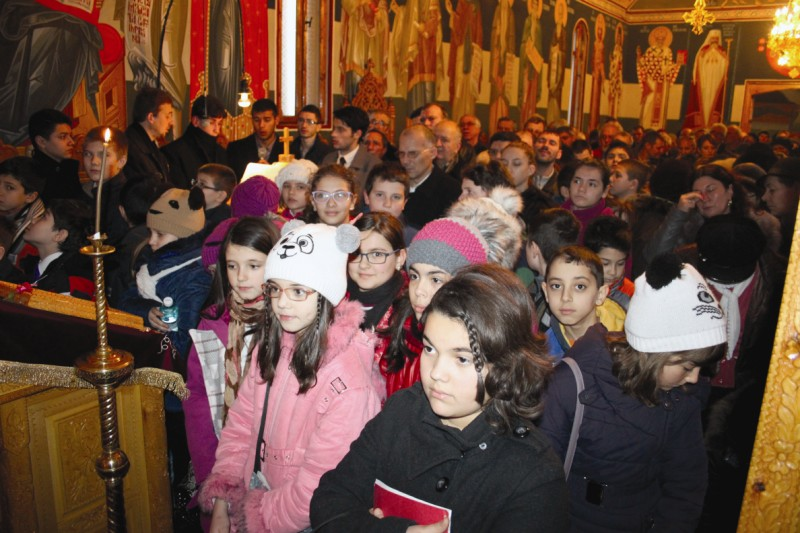 Tineri în biserică