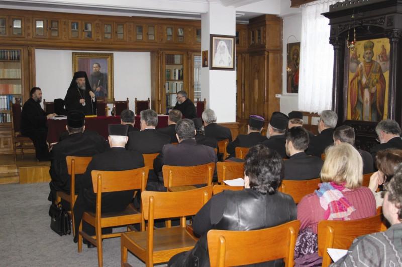 Şedinţa membrilor Adunării Generale a Casei de Ajutor Reciproc a Clerului şi Salariaţilor bisericeşti din Arhiepiscopia Dunării de Jos
