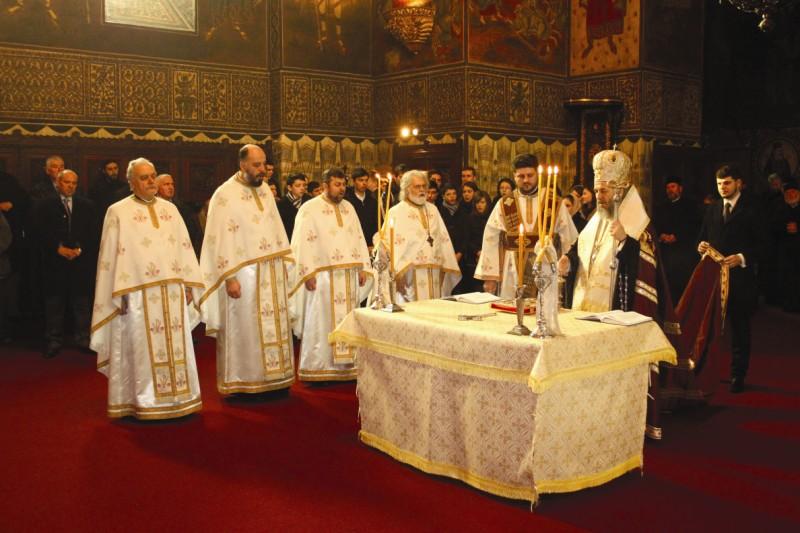 Slujbă de Te Deum la începutul Adunării Eparhiale a Arhiepiscopiei Dunării de Jos