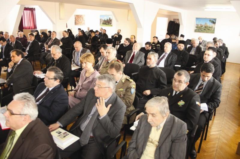 Aspect din timpul şedinţei Adunării Eparhiale