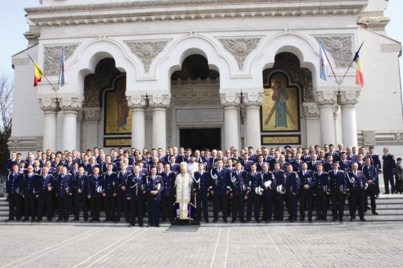24 martie 2014: Binecuvântare arhierească la Ziua Poliţiei Române