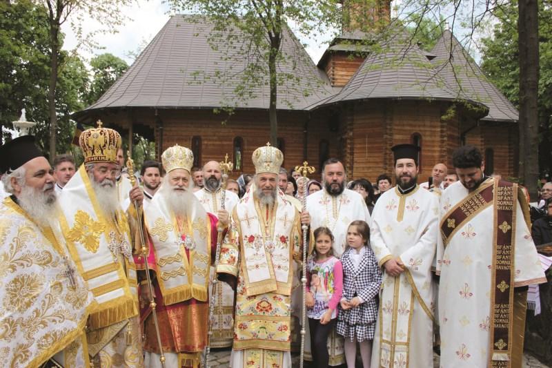 Soborul slujitorilor la Sfânta Liturghie de hram