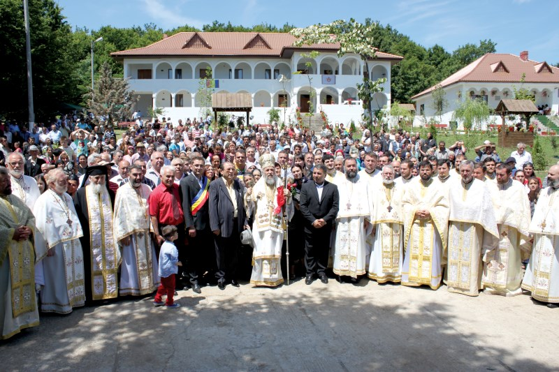 2 iulie 2014: Hram la Mănăstirea Toflea din judeţul Galaţi