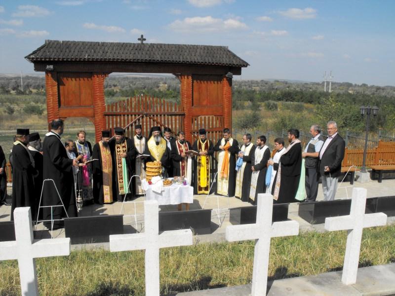 Cinstirea eroilor români la Cimitirul de Onoare de la Ţiganca, Republica Moldova