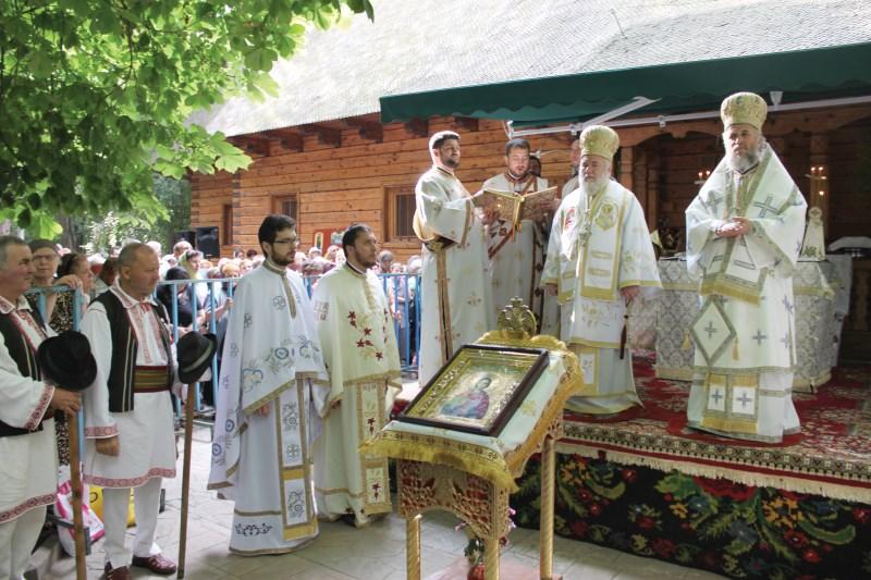Prezenţă arhierească la hramul mănăstirii