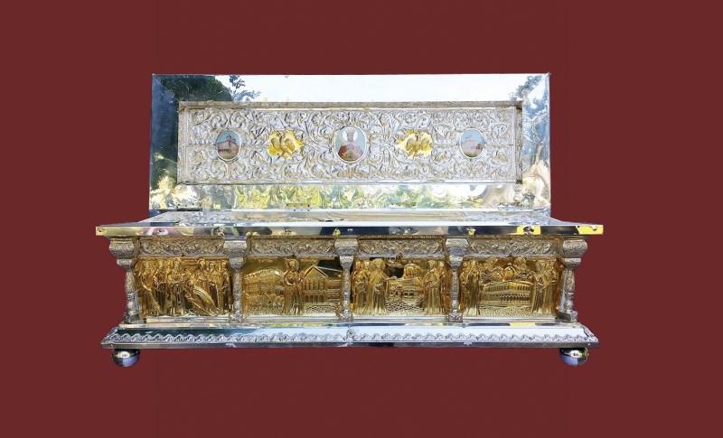 Racla cu moaştele Sf. Domnitor Martir Constantin Brâncoveanu
