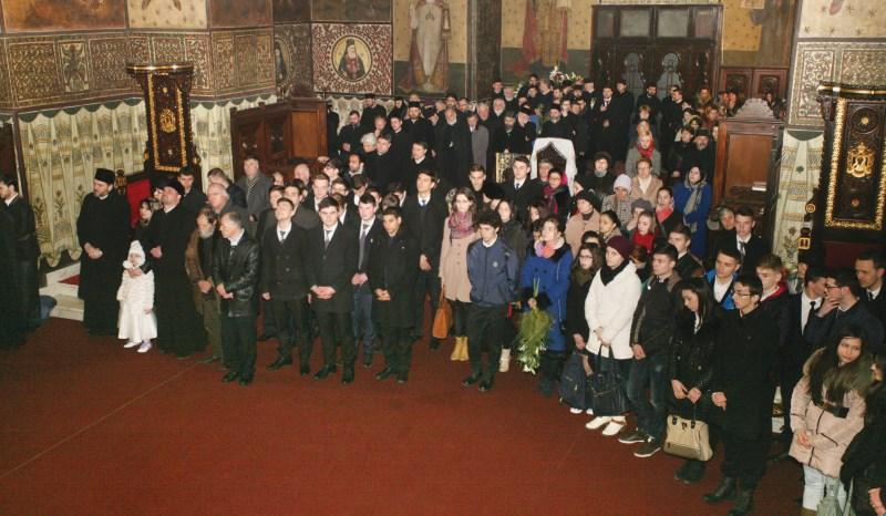 18 martie: Slujitori şi credincioşi prezenţi la sărbătorirea Chiriarhului Dunării de Jos