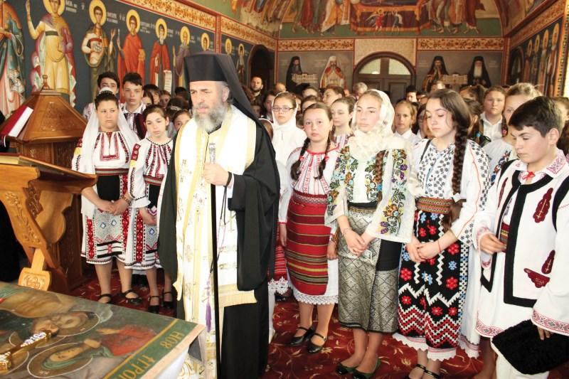 Rugăciune în capela muzeului