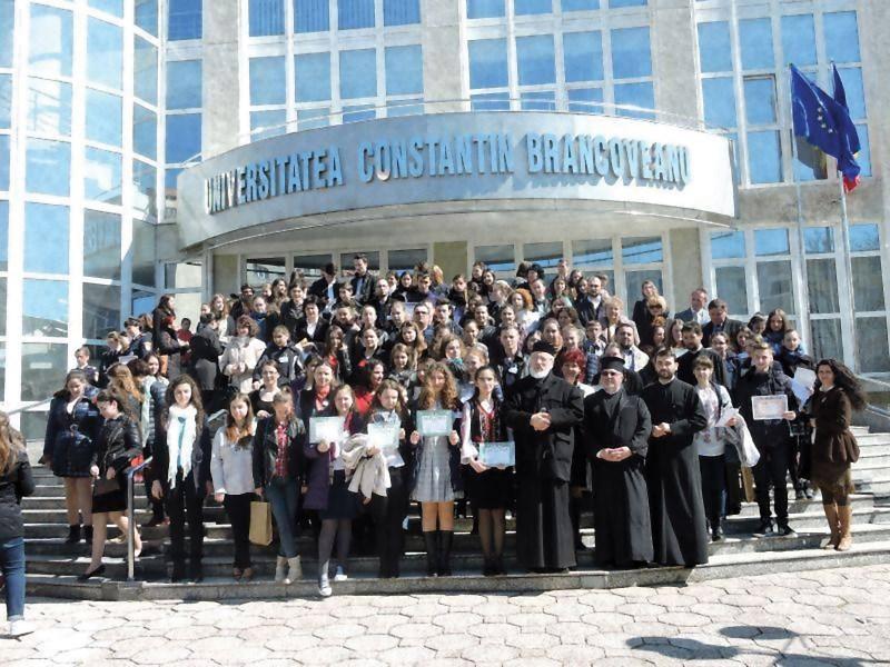 Participanţii la etapa naţională a Olimpiadei de Religie, de la Piteşti