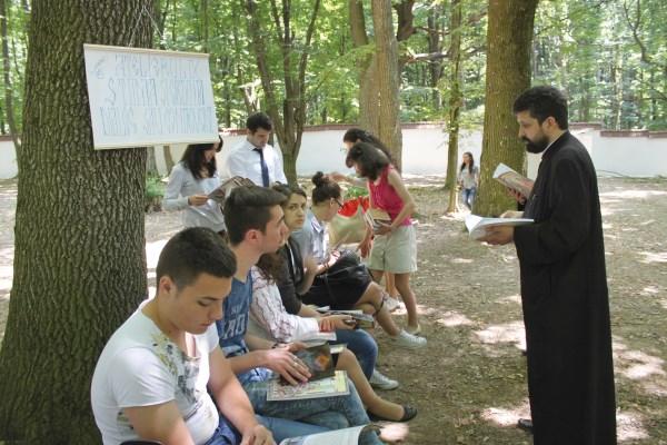 Dialog pe teme religioase