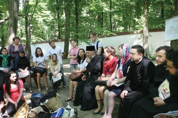 Dialog duhovnicesc cu ierarhul Dunării de Jos