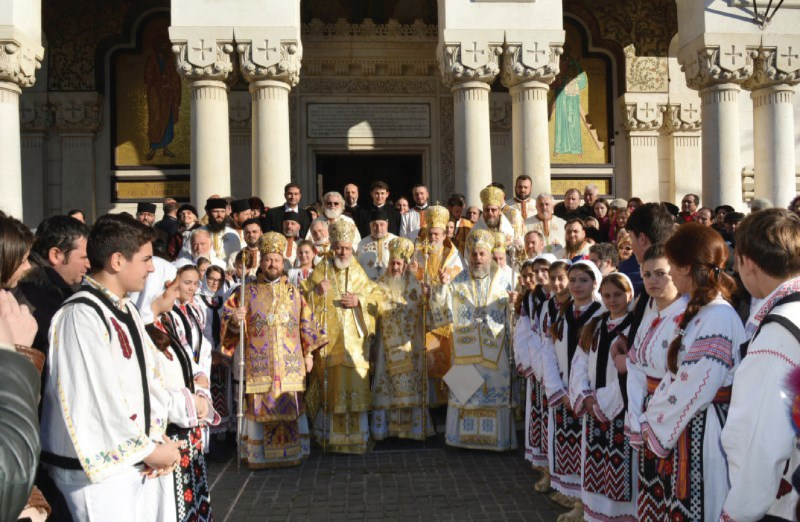 Ierarhi ai Sfântului Sinod al Bisericii Ortodoxe Române, invitați la Dunărea de Jos